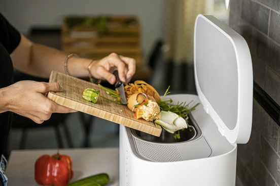Tero food composter in operation